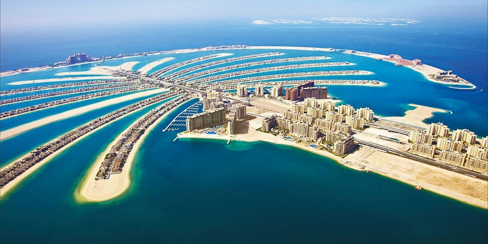 City-Guide-Dubai-Palm-Jumeirah-Aerial-Shot